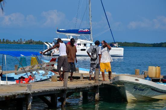 Tobacco Caye Lodge: Local Fisherman