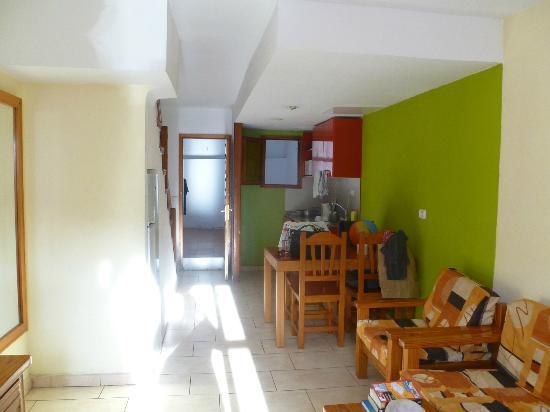 Niza Apartments : View of kitchen & dining area