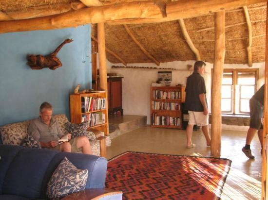 Oudrif: The Dining/Living Room