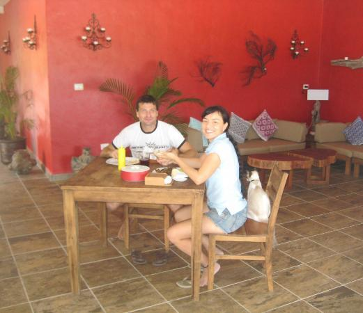 Almaplena Eco Resort & Beach Club: Andrea and Monica