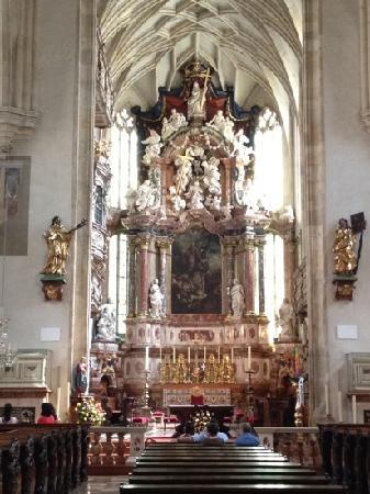 Cathedral (Domkirche) : The Altar