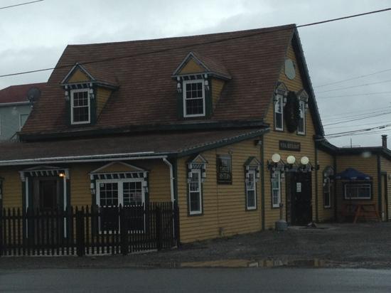 The Three Sisters Pub: three sisters pub