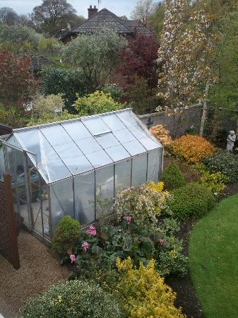 Alcantra B&B: Greenhouse view