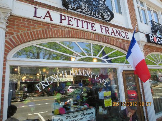 La Petite France: Signage over entrance