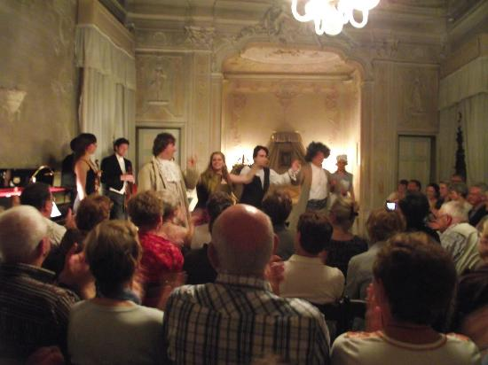 Musica A Palazzo: The artists and musicians salute