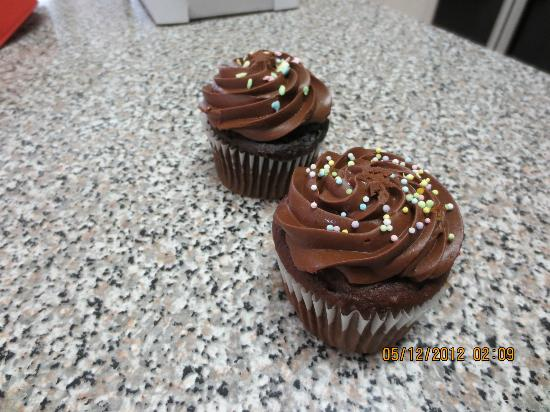 La Petite France: Chocolate cupcakes
