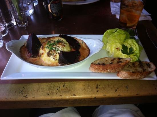 Goat Cheese Souffle - Photo de Smithfields Restaurant and Bar, Ashland ...