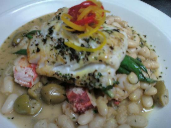 Blue Moon Cafe: Cod and lobster with white beans and olives.