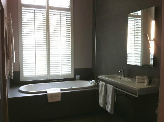 Martin's Klooster Hotel: Bathroom