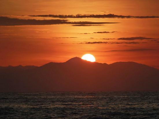 Hotel Amor de Mar: Sunrise at Amor de Mar