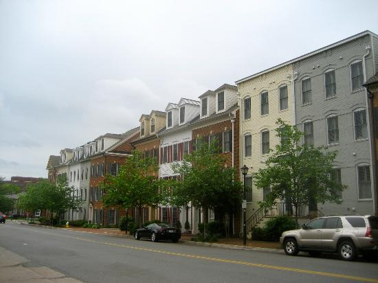 Sheraton Suites Old Town Alexandria: neighborhood