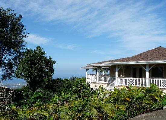 Lilikoi Inn: The sunny side of the island with ocean views