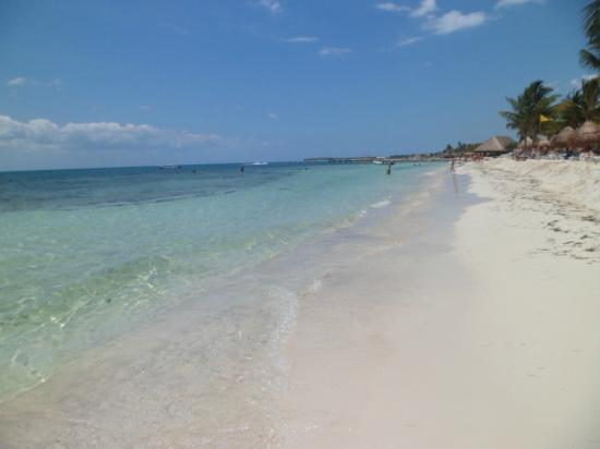 Bluebay Grand Esmeralda Beautiful Beach