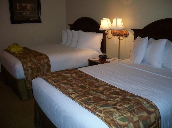 Holiday Inn Express Greenville: Two queen beds