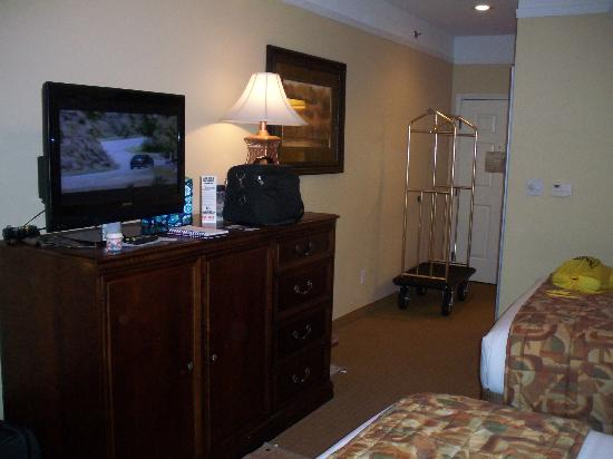 Holiday Inn Express Greenville: Room entry