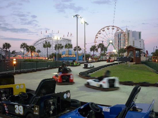 Family Kingdom Amusement Park: Go-karts at Family Kingdom