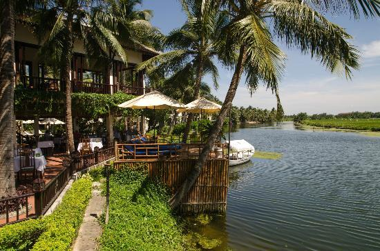 Hoi An Riverside Resort & Spa: View from restaurant