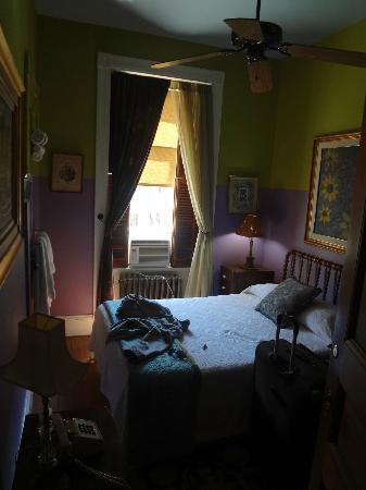 Tabard Inn: la foto hace que parezca más grande de lo que era.