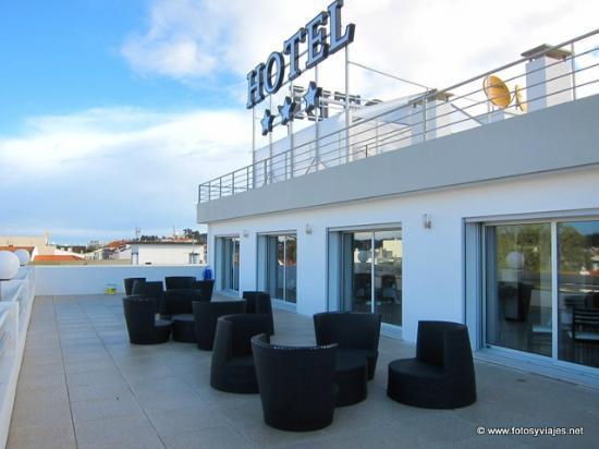 Cardal Hotel: Terraza
