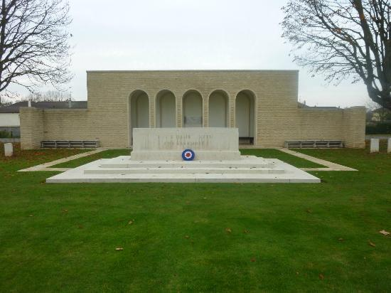 Ranville War Cemetery : The Memorial
