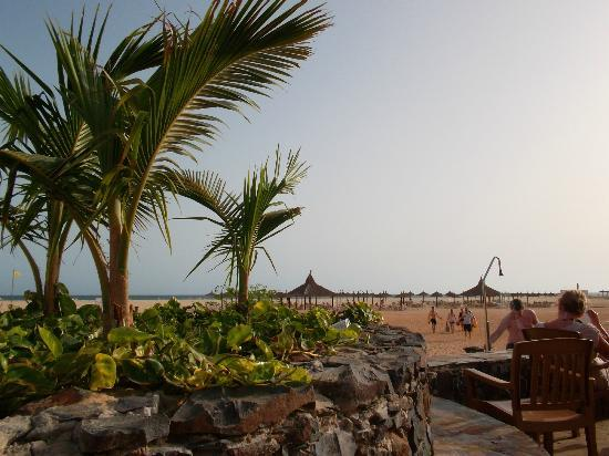 Hotel Riu Touareg: View from pool bar