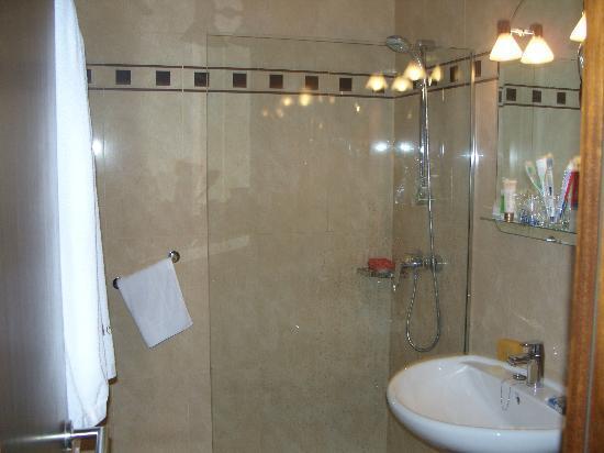Hotel Costa Blanca : ducha
