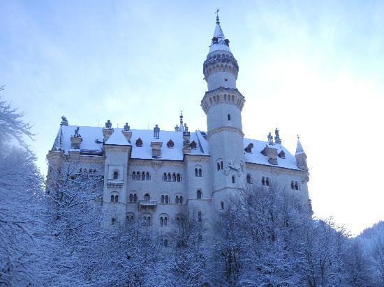 All Things Garmisch - Day Tours: Neuschwanstein Castle