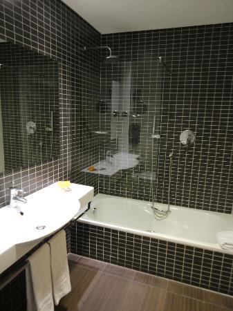 Axor Feria Hotel: Salle de bain