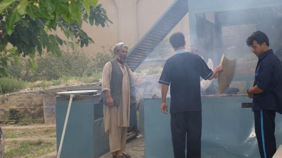 Bagh-e Babur: Сады Бабур-шаха. Кафе