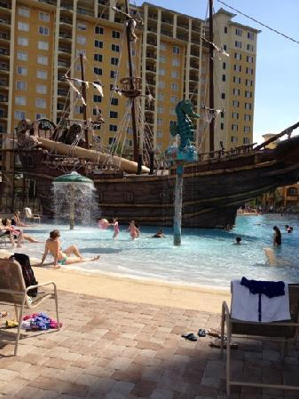 Lake Buena Vista Resort Village & Spa : Shallow kids area of pool