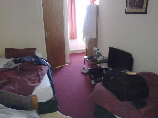 The Fusilier Inn: Spartan room