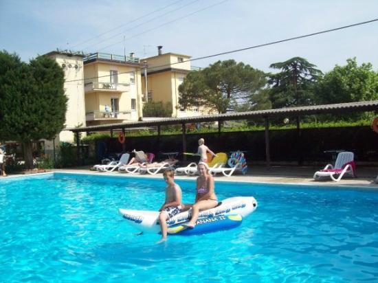 Hotel Gasparina : divertimento assicurato :)