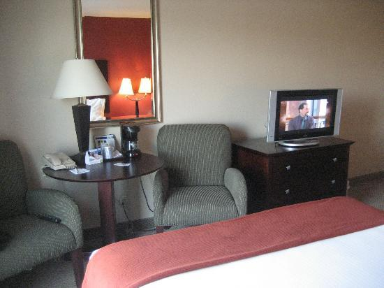 Holiday Inn Express Albany - Downtown: my room