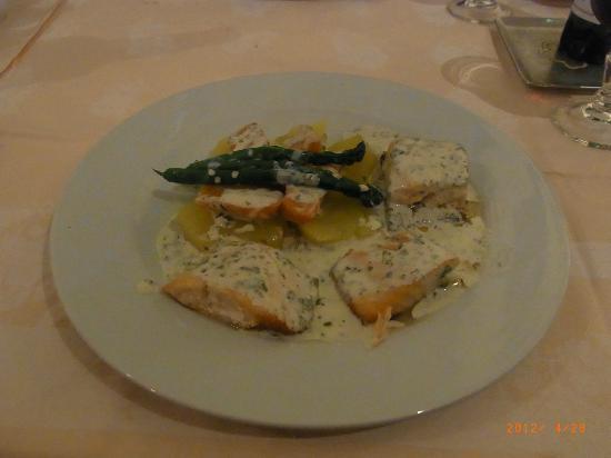 Hotel l'Escapade: main dish- fish