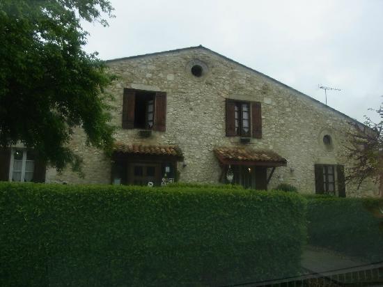 Hotel l'Escapade: the front entrance