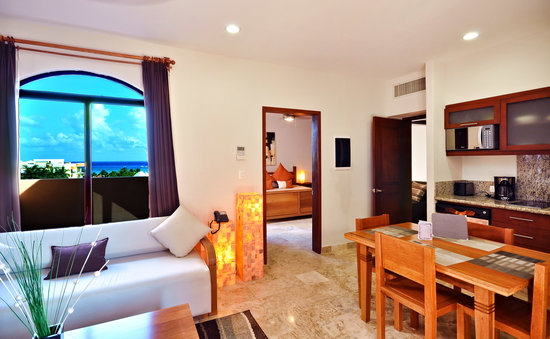 Acanto Boutique Hotel and Condominiums Playa del Carmen Mexico: Our 1 Bedroom Penthouse