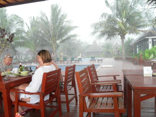 Nakara Long Beach Resort, Koh Lanta: Rainstorm