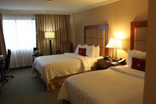 Crowne Plaza Richmond Downtown: Bedroom