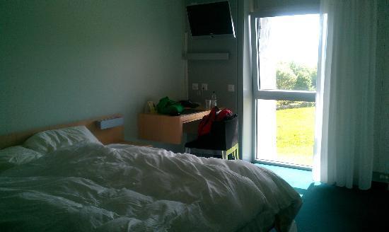 Hotel Le Funi de Cossonay: Bedroom - Copyright swissdiving