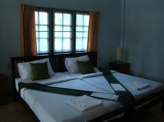 Mountain Resort Koh Lipe: Double bed!(Single+Single bed!)