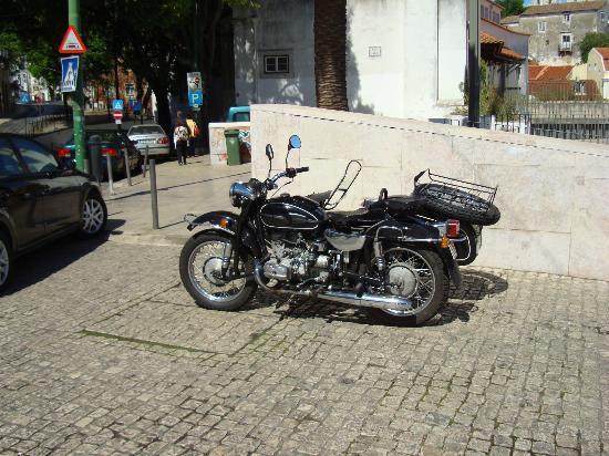 Sidecar Tours by Bike My Side : The Bike