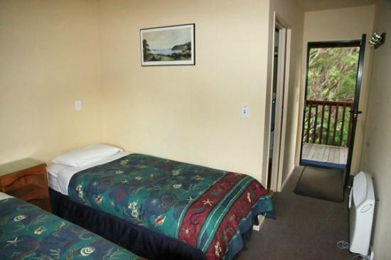 Kanuka Ridge Abel Tasman Backpackers : Ensuite Twin Room