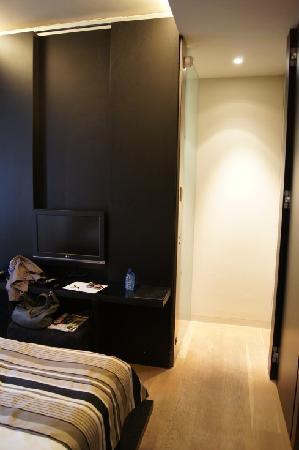 Hotel Patou : little space but cozy