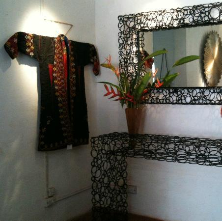 Private Collection Boutique: Decoration, antique textiles