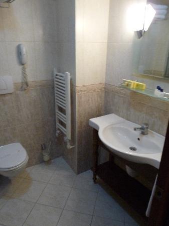 Best Western Empire Palace: salle de bains