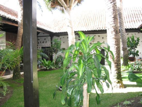 Parador de la Gomera: Inner courtyard at Parador La Gomera
