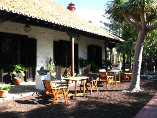 Parador de la Gomera: Court Yard at Parador La Gomera