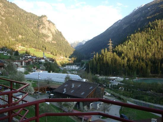 Hotel Schontal: Balcony view
