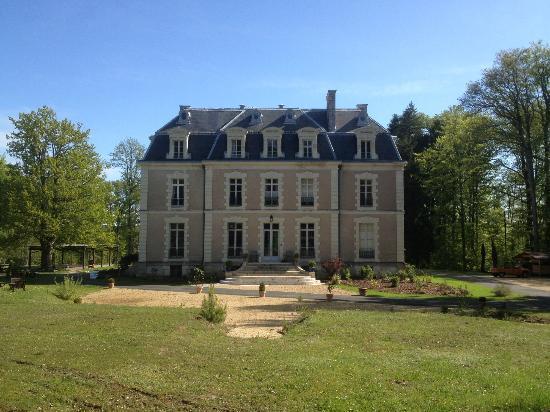 Chateau des Essards : vue extérieure