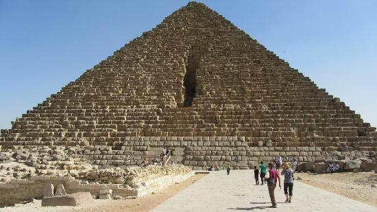Cheops-Pyramide: Pyramid of Menkaure